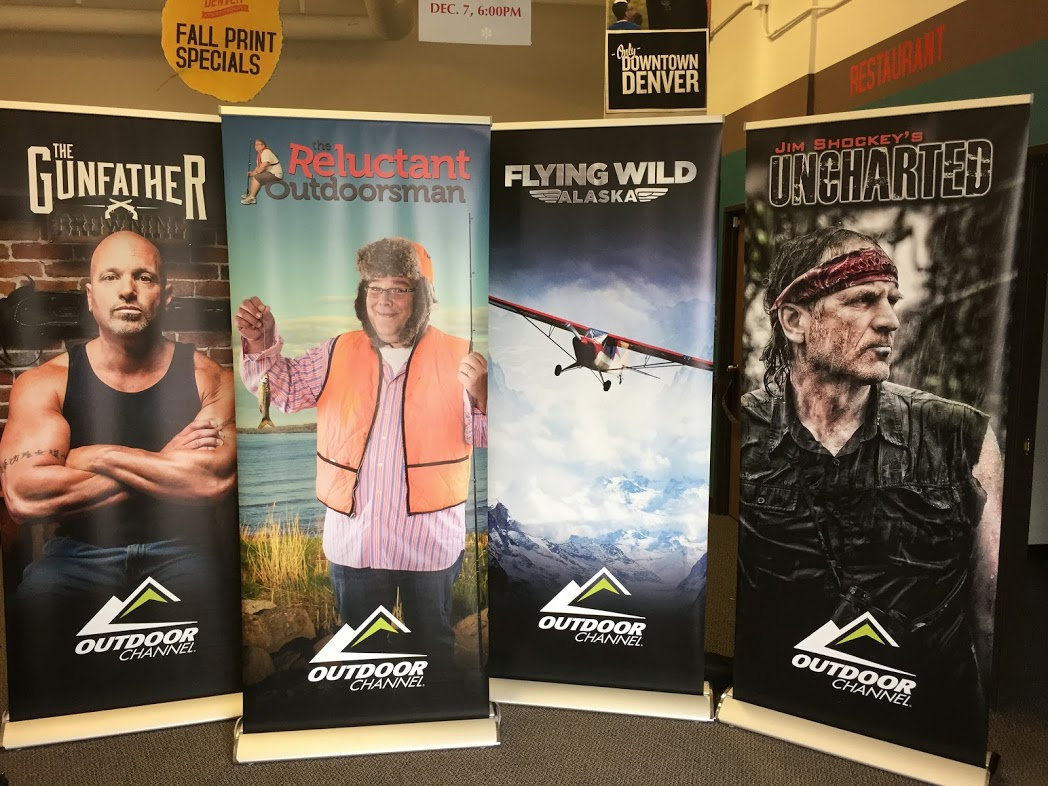 outdoor channel pull up banners